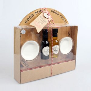 Sharing board with oil and vinager gift set